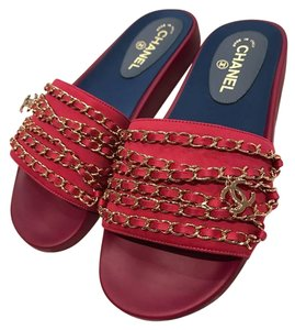 Chanel Chain Slide Slides fuchsia Sandals