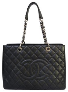 Chanel Caviar Grand Shopping Tote Shoulder Bag