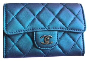 Chanel NWT 17S IRIDESCENT TURQUOISE CARD HOLDER