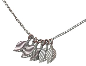 Urban Outfitters leaves necklace