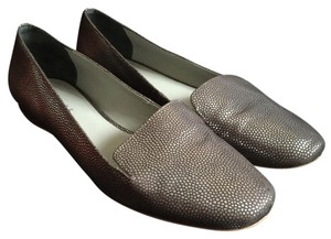 Reiss Metalic Comfortable Loafers Slipon pewter dots on black background Flats