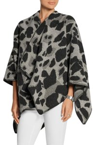 Burberry Leopard Winter Cashmere Cape