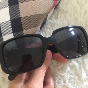 Burberry Burberry B40103001/87 sunglases black and case