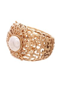 Chanel Chanel Vintage Gold-Tone Filigree Pearl Hinged Cuff Bracelet