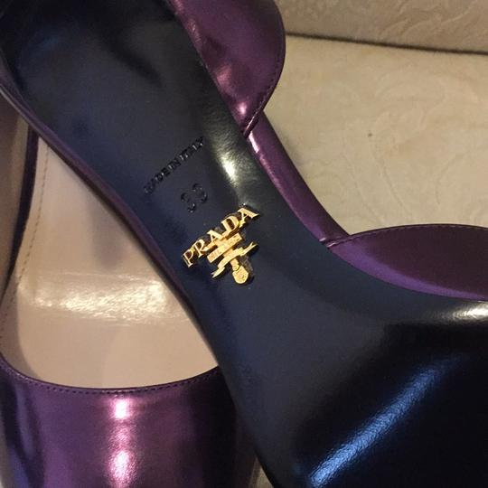 Prada metallic purple/lavender Pumps Image 4