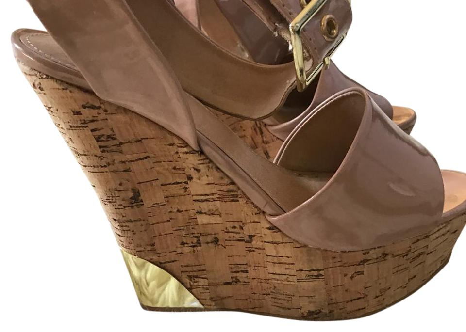 bbb41a4ee836 Colin Stuart Nude   Cork Ultra High Patent Leather Wedges Size US 7 ...