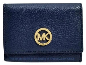 Michael Kors GUC Adorable MK Pebbled Leather Wallet Coin Purse Clutch
