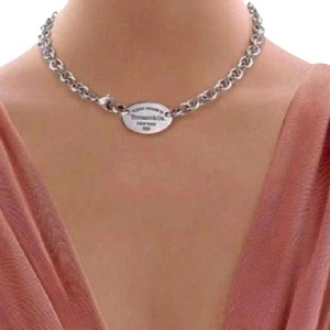 Tiffany & Co. BEAUTIFUL!!!! Tiffany & Co. Necklace with Oval