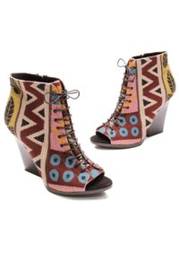 Burberry Multicolor Boots