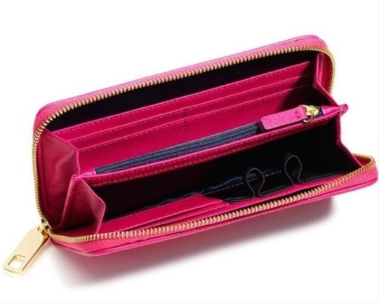 Juicy Couture JUICY COUTURE CASHMERE ROSE SOPHIA LEATHER ZIP WALLET