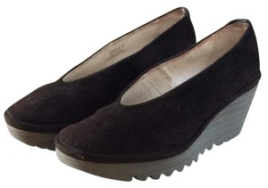 FLY London chocolate brown Wedges