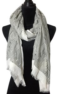 Charming Charlie gray and white print scarf