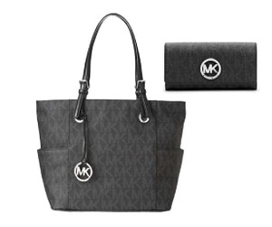 Michael Kors Jet Set Mk Logo East Tote in black