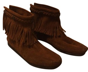 Minnetonka Brown Suede Boots