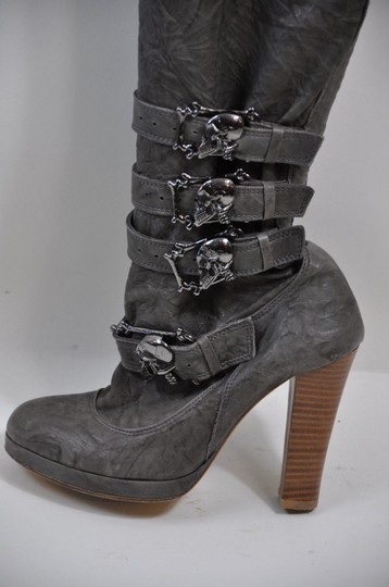Thomas Wylde Gunmetal Skulls Buckles Leather Size 7 khaki-brown Boots