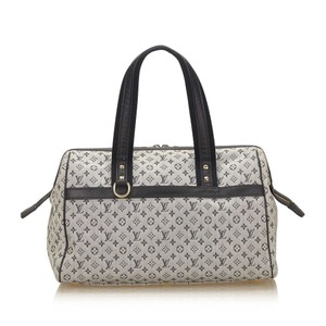 Louis Vuitton 7clvhb008 Tote in Gray