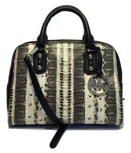 Michael Kors Black Sale Womens Satchel in Snakeskin