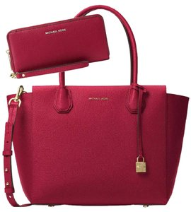 Michael Kors Satchel in Cherry
