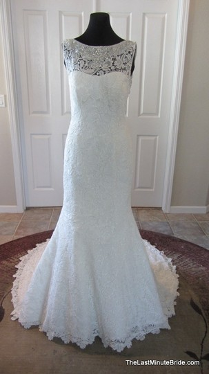 Preload https://img-static.tradesy.com/item/2101986/allure-bridals-ivory-silver-lace-c302-feminine-wedding-dress-size-12-l-0-0-540-540.jpg