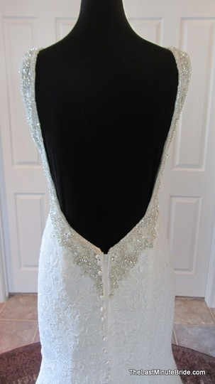 Allure Bridals Ivory / Silver Lace C302 Feminine Wedding Dress Size 12 (L) Image 6