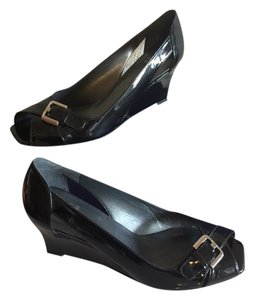 Stuart Weitzman Soft Patent Leather Summer Silver Hardward Pumps Black Wedges