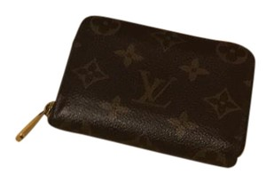 Louis Vuitton Louis Vuitton zippy coin purse