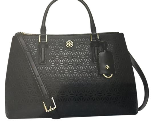 Preload https://item5.tradesy.com/images/tory-burch-robinson-micro-floral-perforated-double-zip-black-saffino-leather-satchel-21020939-0-1.jpg?width=440&height=440