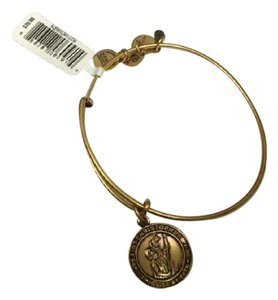 Alex and Ani St Christopher Guide My Path Charm Expandable Bracelet Russian Gold