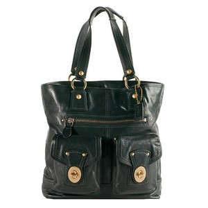 Coach Classic Leather Legacy Gigi Tote in Black