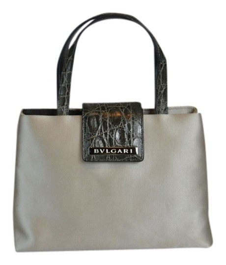 Preload https://img-static.tradesy.com/item/2102138/bvlgari-ivory-satin-grey-crocodile-small-evening-handbag-d3-h55-l8-tote-0-0-540-540.jpg