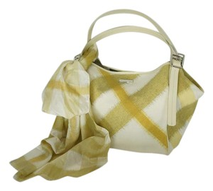 Burberry Canterbury Travel New With Out Tags Satchel in Yellow & White