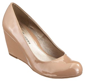 CL by Chinese Laundry Nude Wedges