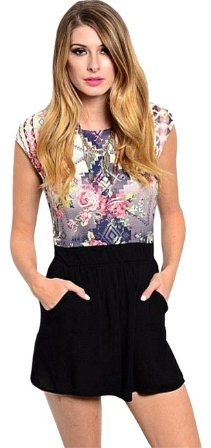 Preload https://item1.tradesy.com/images/unknown-rompers-jumpsuits-2102225-0-1.jpg?width=400&height=650