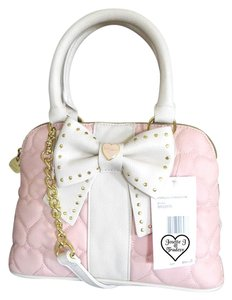 Betsey Johnson Gold Tone Hardware Cross Body Blush Quilted Heart Satchel in blush bone