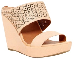 e61f68cd3b1 Gentle Souls Wedges - Up to 90% off at Tradesy