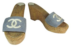 Chanel Leather Cork Cc Wedge Blue Sandals