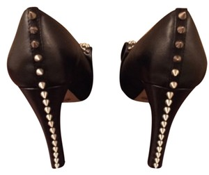 Vinc Studs Chunky Heel Bow Black Pumps
