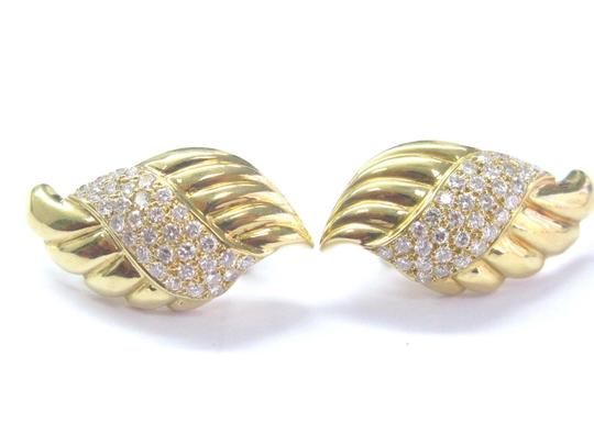Other 18Kt Round Cut Diamond Yellow Gold Shell Earrings 1.25