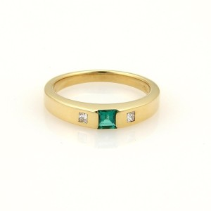 Cartier Princess Cut Diamonds Emerald 18k Yellow Gold Ring Size 5.75