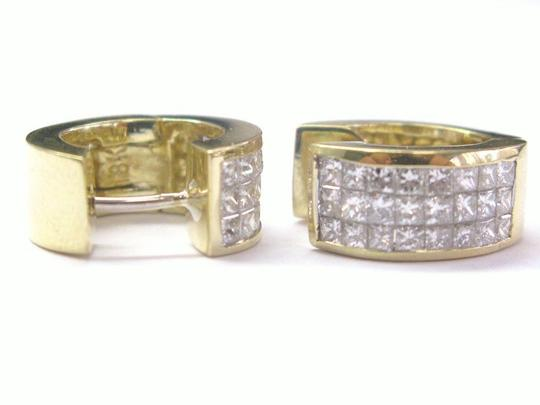 Other 18Kt Princess Cut Invisible Diamond Earrings Yellow Gold 2.66CT