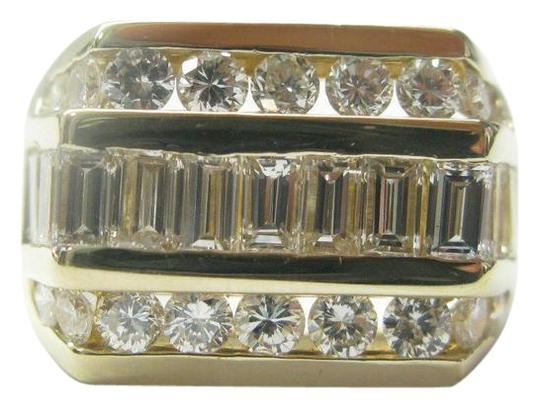 Preload https://img-static.tradesy.com/item/21025066/e-f-18kt-round-and-baguette-diamond-yellow-gold-305ct-ring-0-1-540-540.jpg