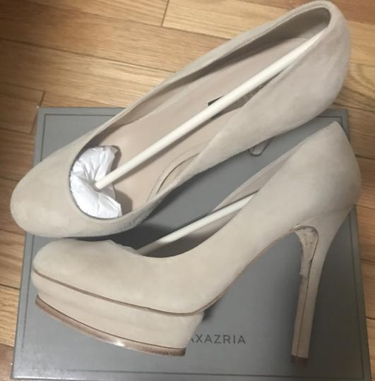 BCBGMAXAZRIA Blush Kidsuede Pumps