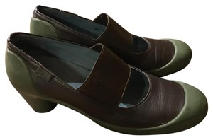 Camper Heels Mary Janes Elastic Strap Funky Olive and Brown Pumps