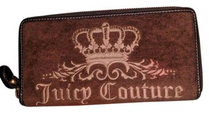 Juicy Couture Juicy Couture Brown Zip Wallet