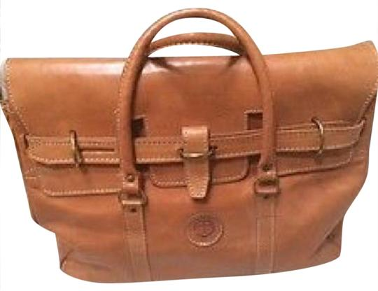 Preload https://img-static.tradesy.com/item/21025967/camel-leather-satchel-0-1-540-540.jpg