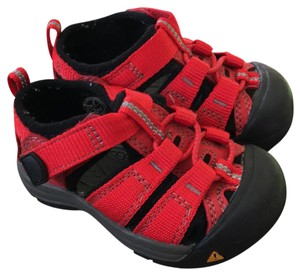Keen red Sandals