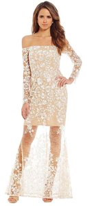 Gianni Bini Ivory Polyester/Spandex Callie Off-the-shoulder Long Sleeve Embroidered Gown Wedding Dress Size 4 (S)
