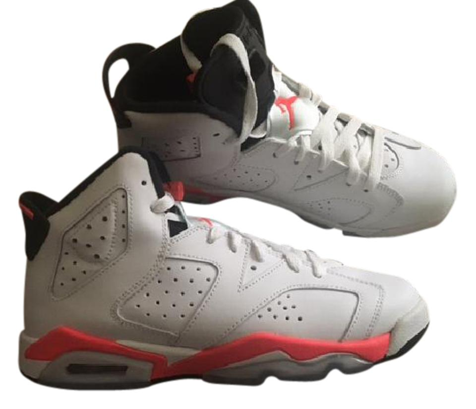 newest collection 50cf4 edb83 Air Jordan White/Infrared/Black Big Kids Youth - 5.5 6 Retro Sneakers Size  US 7.5 Regular (M, B)