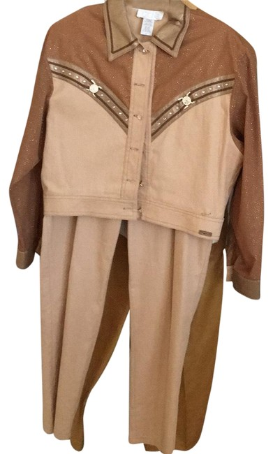 Preload https://img-static.tradesy.com/item/21027447/cache-light-brown-and-gold-pant-suit-size-4-s-0-1-650-650.jpg