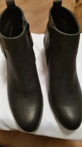 White Mountain Black Metallic Boots